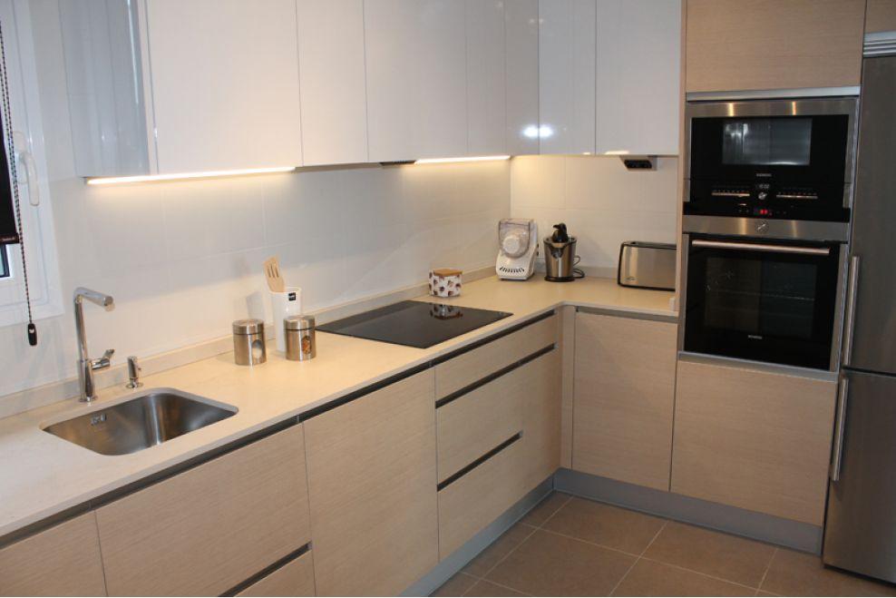 Reforma integral de cocina a z mobiliario de cocinas for Mobiliario para cocina