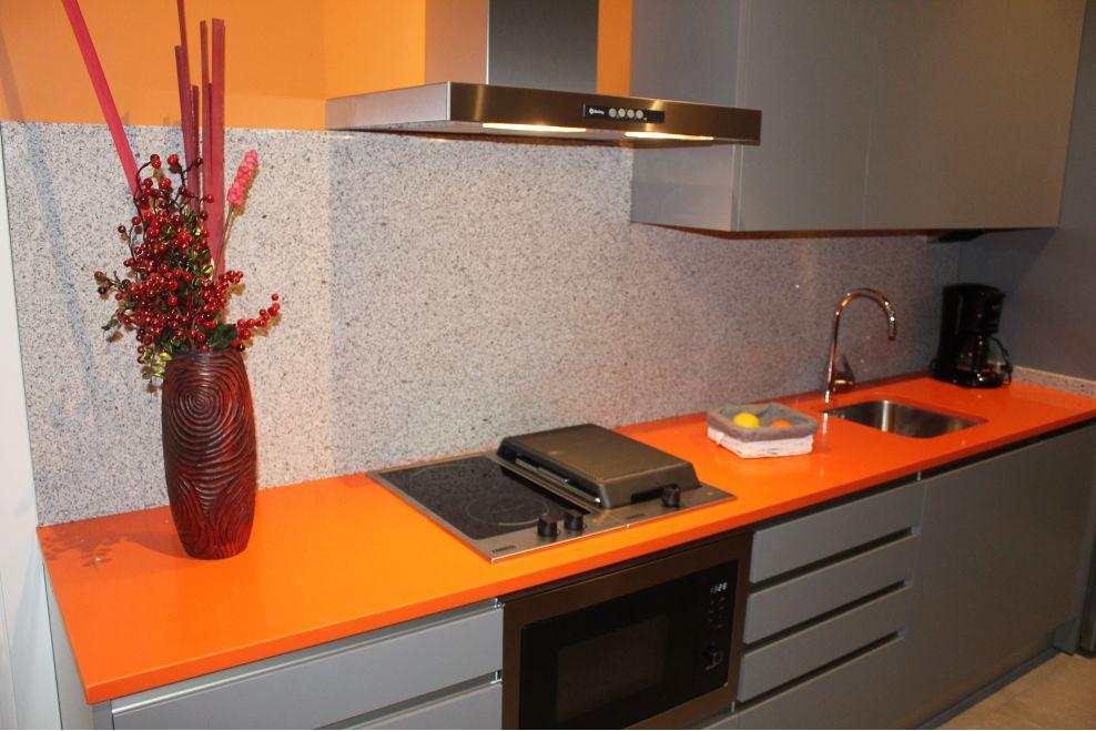 Cocina moderna y juvenil a z mobiliario de cocinas for Mobiliario de cocina moderno