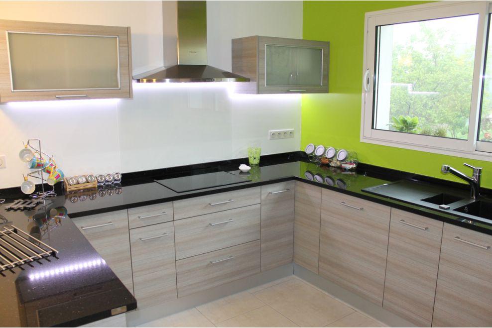 Reforma de cocina en ascain a z mobiliario de cocinas for Mobiliario para cocina